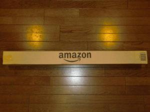 Amazonの長細い四角の箱